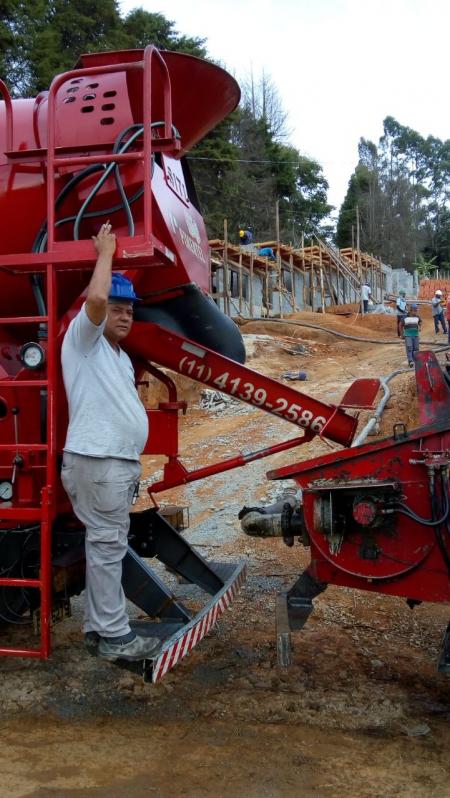 Bombeamento de Concreto Usinado para Construção Vila Andrade - Bombeamento de Concreto Usinado Fck 20